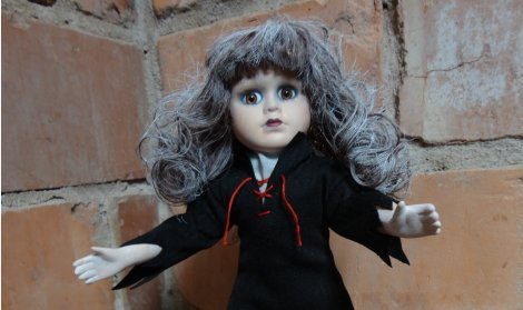 CROPPED DOLL